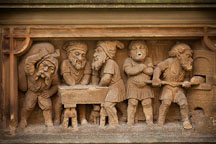 Heinzelmannchen fountain with gnomes baking bread. Cologne, Germany. - Photo #30806