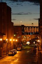 Alley at night. Cleveland, Ohio, USA - Photo #4260