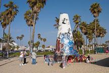 Venice public art wall. Venice, California, USA. - Photo #7460