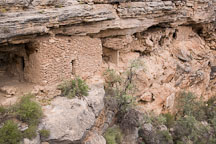 Ruins of cliff dwellings. Montezuma Well, Arizona. - Photo #17761