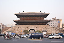 Dongdaemum Gate. Seoul, South Korea. - Photo #21361