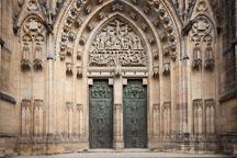 Bronze doors at Saint Vitus Cathedral. Prague, Czech Republic. - Photo #29663