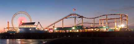 Roller coaster and ferris wheel. Santa Monica, California. - Photo #26765