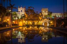 Casa de Balboa at night. Balboa Park, San Diego. - Photo #26666