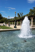 Fountain at Niebaum-Coppola winery. Napa Valley, California, USA. - Photo #4566
