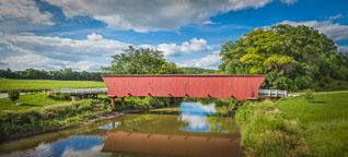 Hogback bridge. Madison County, Iowa. - Photo #32966
