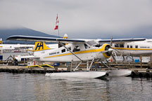 Floatplane at Coal Harbour. Vancouver, Canada. - Photo #19567