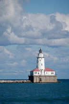 A lighthouse on lake Michigan. Chicago, Illinois, USA. - Photo #10567
