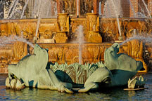 Seahorses. Buckingham Fountain, Chicago, Illinois, USA. - Photo #10507