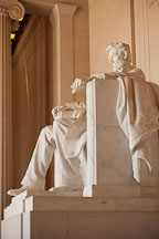 Seated sculpture of Abraham Lincoln. Lincoln Memorial, Washington, D.C. - Photo #29071