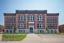 Mount Pleasant Middle School, Iowa. - Photo #32972