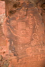 Square spirals. Petroglyphs at V-Bar-V Ranch, Arizona, USA. - Photo #17774