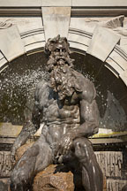 Statue of Neptune. The Court of the Neptune fountain, Washington, D.C. - Photo #29175