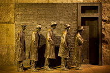 The breadline, FDR Memorial. Washington, D.C. - Photo #29278