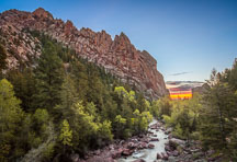 Sandstone cliff walls of Eldorado Canyon. - Photo #33178