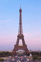 Eiffel Tower at dusk. Paris, France. - Photo #30880