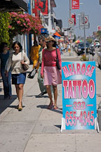 Sign advertising tattoos. Melrose avenue. Los Angeles, California, USA. - Photo #7380