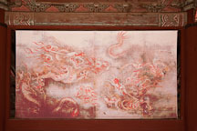 Dragon tapestry in Sajeongjeon Hall. - Photo #20982