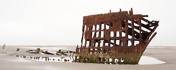 Rusted wreck of the Peter Iredale. Fort Stevens State Park, Oregon. - Photo #28483