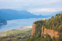 Crown Point Vista House seen from the Portland Women's Forum State scenic viewpoint. - Photo #28385