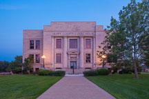 Henry County Courthouse. Mount Pleasant, Iowa. - Photo #32985