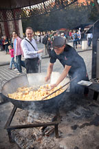 Cooking potatoes and onions. Prague, Czech Republic - Photo #30186