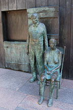 The Appalachian Farm Couple. Franklin Delano Roosevelt Memorial. Washington, D.C., USA. - Photo #11487