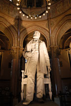 Statue of president James A. Garfield. Garfield monument, Lake View Cemetery, Cleveland, Ohio, USA - Photo #4187