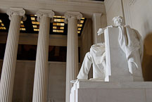 Statue of Abraham Lincoln. Lincoln Memorial, Washington, D.C., USA. - Photo #12687