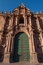 Cathedral door. Cusco, Peru. - Photo #9288