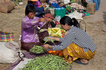 Weighing green beans at the weekend market. Punakha, Bhutan. - Photo #23288