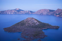 Wizard Island at dusk. Crater Lake, Oregon. - Photo #27388