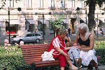 Man dressed as a woman. Runeberg Esplanadi. Helsinki, Finland. - Photo #389