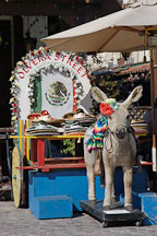 Donkey, El Pueblo, Los Angeles, California, USA. - Photo #7270
