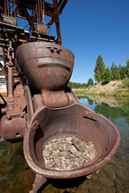 One ton bucket on the Sumpter Valley Dredge. - Photo #27709