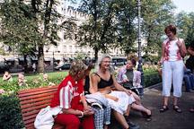 Cross-dresser and friends. Runeberg Esplanadi. Helsinki, Finland. - Photo #390