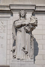 Statue of Ceres. Union Station. Washington, D.C., USA. - Photo #11191