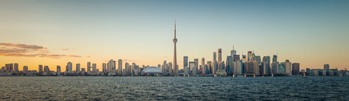 Toronto panorama at sunset viewed from Centre Island. - Photo #33092