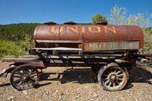 Old Union oil wagon. Oregon. - Photo #27694