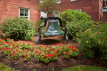 Victory Bell at Willamette University. Salem, Oregon. - Photo #27995