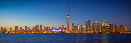 Toronto skyline panorama viewed from Centre Island. - Photo #33097