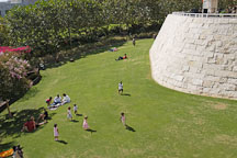 Children playing at the Getty Center. Los Angeles, California, USA. - Photo #8167